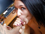 Vidéo porno mobile : Une gitane à gros seins se fait démonter